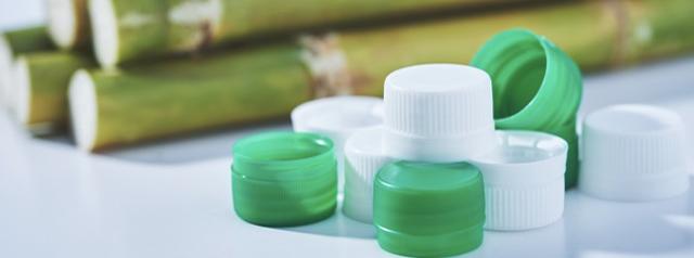 CO2削減に寄与する新たな飲料PETボトル用キャップ