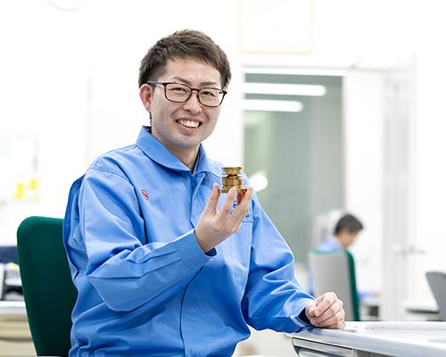 金型設計の仕事:高山裕史さん